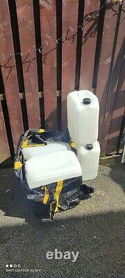 Petrol power washer, 3950 psi, runs great starts easy, only 2 months old