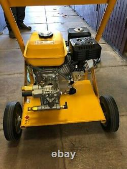 Rocwood Petrol Pressure Washer 3000 PSI 7HP 10 Litre High Power Jet Brand New