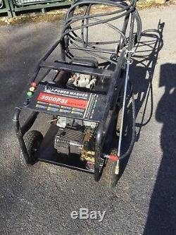 Diesel Pression Powered Laveuse À Démarrage Électrique Très Puissant 3600 Psi Peu Utilisé